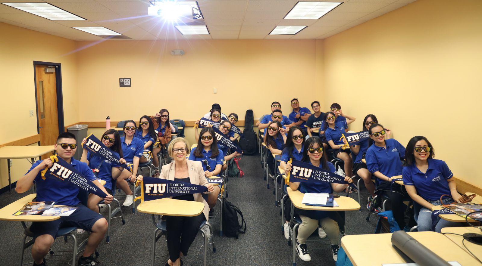 Sinh viên Broward Việt Nam tại Đại học Florida International University - Đại học đào tạo ngành Hospitality hàng đầu tại Mỹ và thế giới